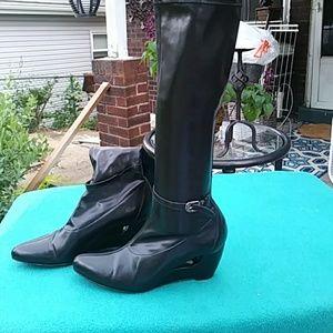 Donald Pliner stretch boots